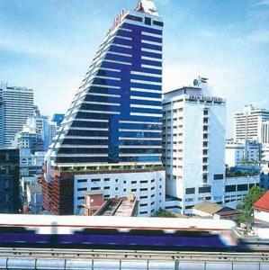 Radisson Blu Plaza Hotel Hyderabad, Andhra Pradesh