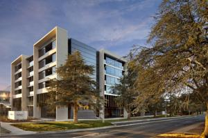 East Hotel and Apartments Canberra, ACT
