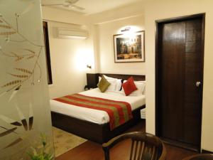 Hotel Crystal Inn Agra, Uttar Pradesh
