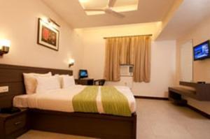 Hotel Crystal Retreat Agra, Uttar Pradesh