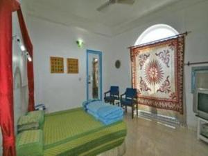 Maya Hotel & Restaurant Agra, Uttar Pradesh