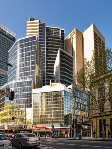 Meriton Serviced Apartments - Campbell Street Sydney, NSW
