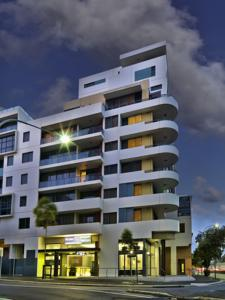 Meriton Serviced Apartments - Danks Street, Waterloo Sydney, NSW