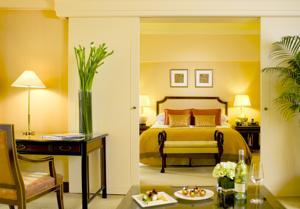 Regent Singapore - A Four Seasons Hotel Orchard Road, Singapore